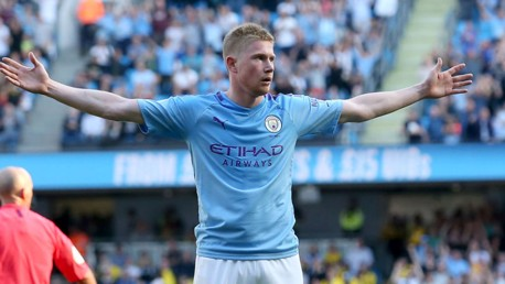 GR-EIGHT!!! KDB takes the plaudits after his stunner