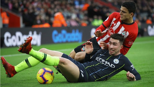 SLIDE RULE : Aymeric Laporte makes a timely challenge