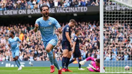 Bernardo joga muito e City vence o Burnley por 2-0