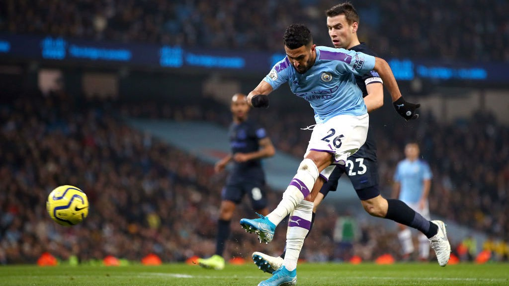 ONWARD : Mahrez unleashes a powerful shot as City push for the opener_