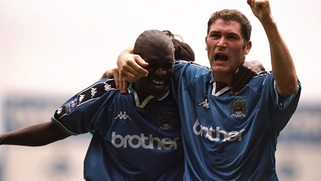 Goater: Handball? Never!