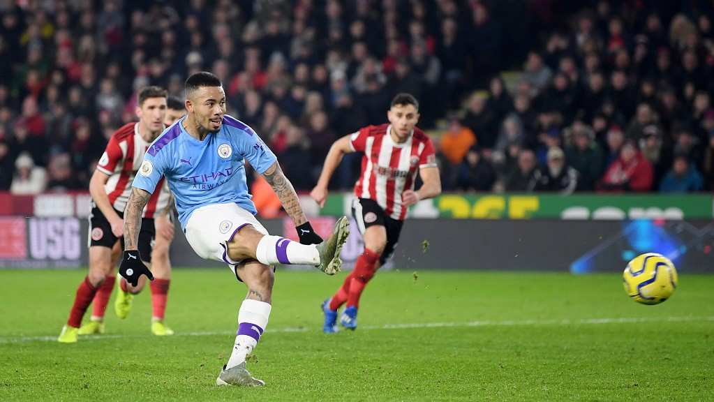 Aguero downs Sheffield United as Laporte returns