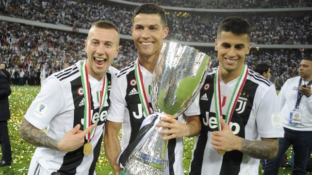 SILVERWARE : Lifting the 2018 Supercoppa Italiana
