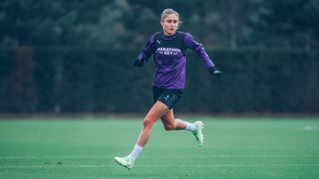 LEADING EXAMPLE : Skipper Steph Houghton goes through her paces as City finalise preparations for the trip to Chelsea