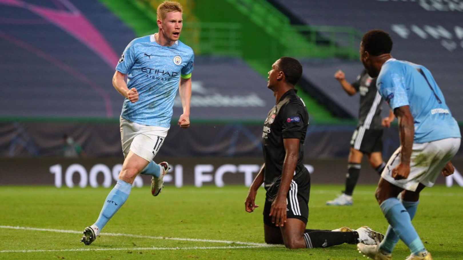 THE USUAL SUSPECTS: De Bruyne celebrates his equaliser with Raheem Sterling