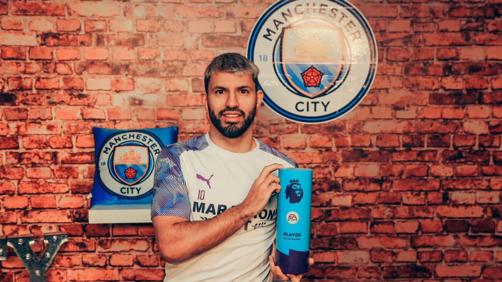 PL POTM: Aguero has won January's prize