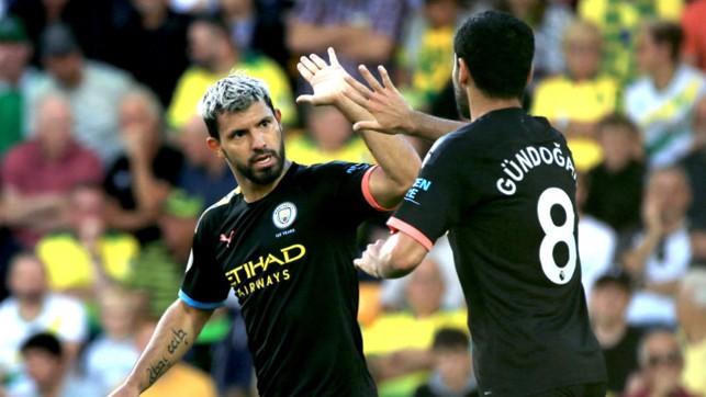 AGUEROOOOO : That man Sergio halved the arrears just before half-time.