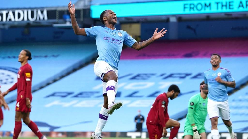 STERLING. : Igualó a Agüero como máximo goleador del City esta temporada.