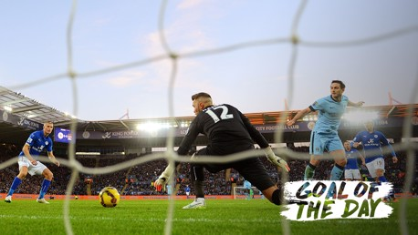 Goal of the Day: Frank Lampard v Leicester