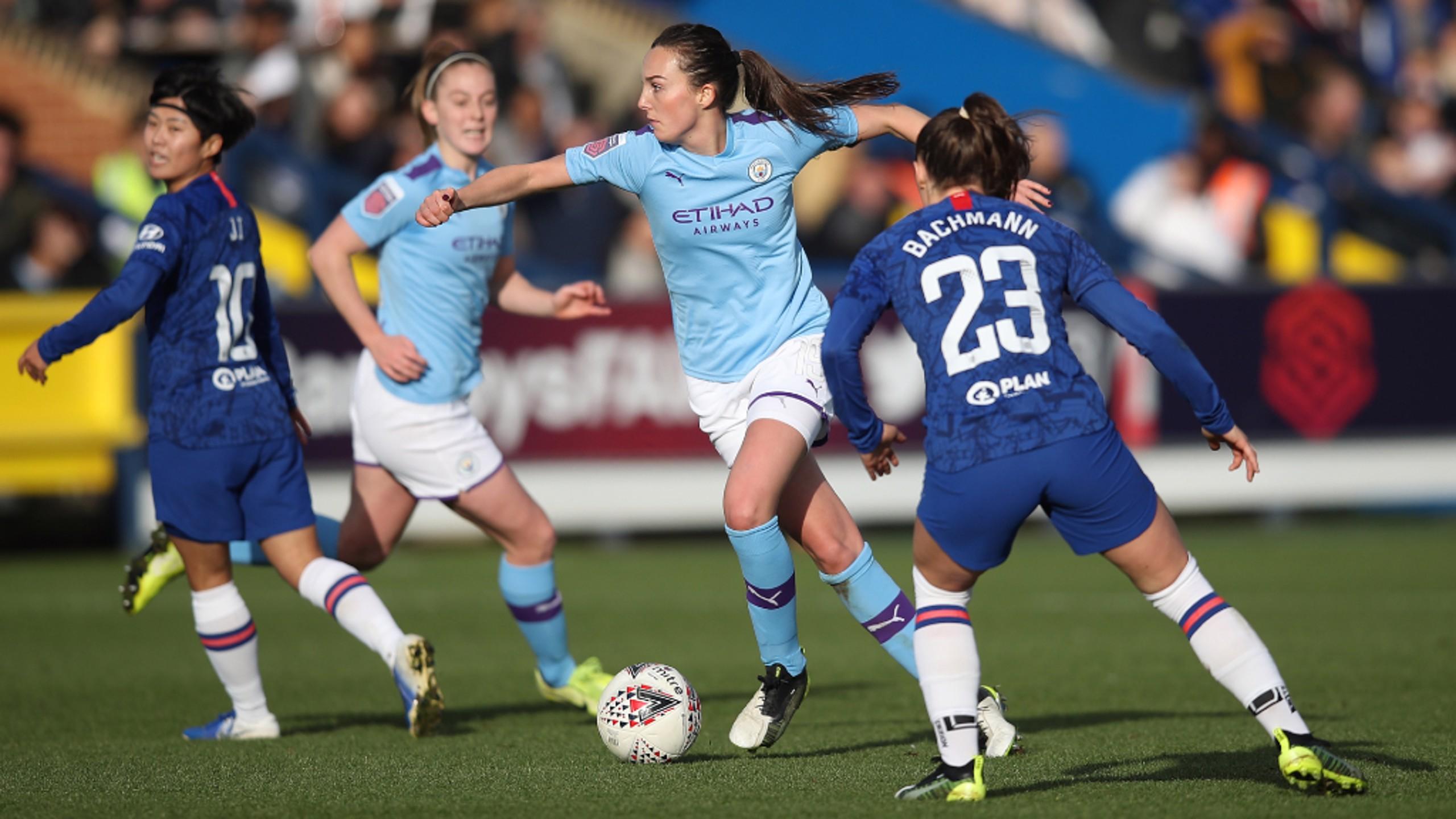 WONDERWEIR: Caroline Weir looked to pull the strings in midfield