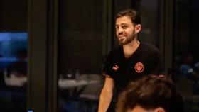 Veja o inspirador discurso de aniversário do Bernardo em Lisboa!