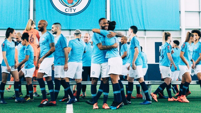 IT'S A WRAP : Raheem and Nikita embrace after the picture session