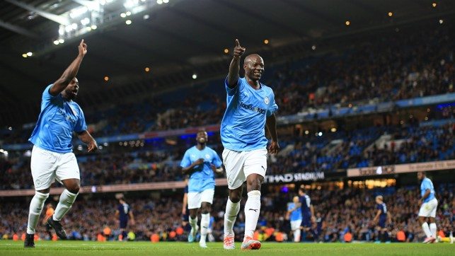 LAST MINUTE MAGIC : Benjani celebrates his headed goal just before the final whistle