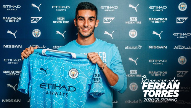 City complete deal for Ferran Torres