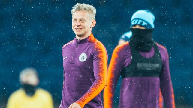 HOME, SWEET HOME : Oleks Zinchenko - clearly happy to be back on home soil!