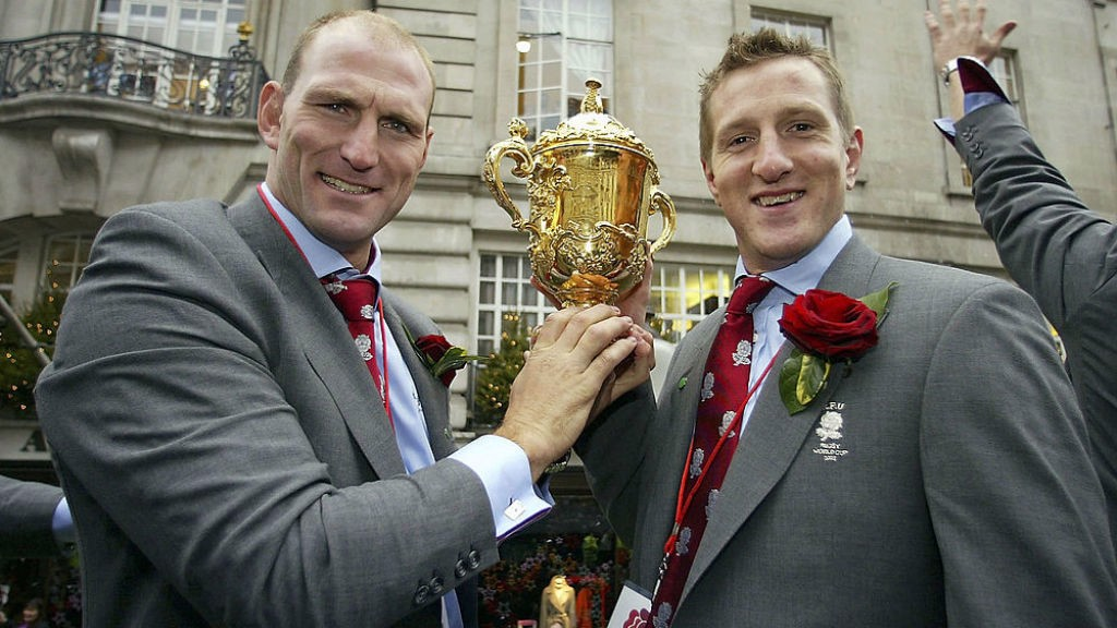 GLORY BOYS : Will Greenwood and Lawrence Dallaglio with the World Cup during England's 2003 victory parade