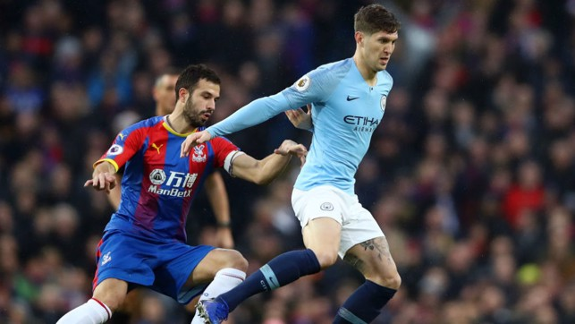 ROLLING STONES : John holds off Luka Milivojević