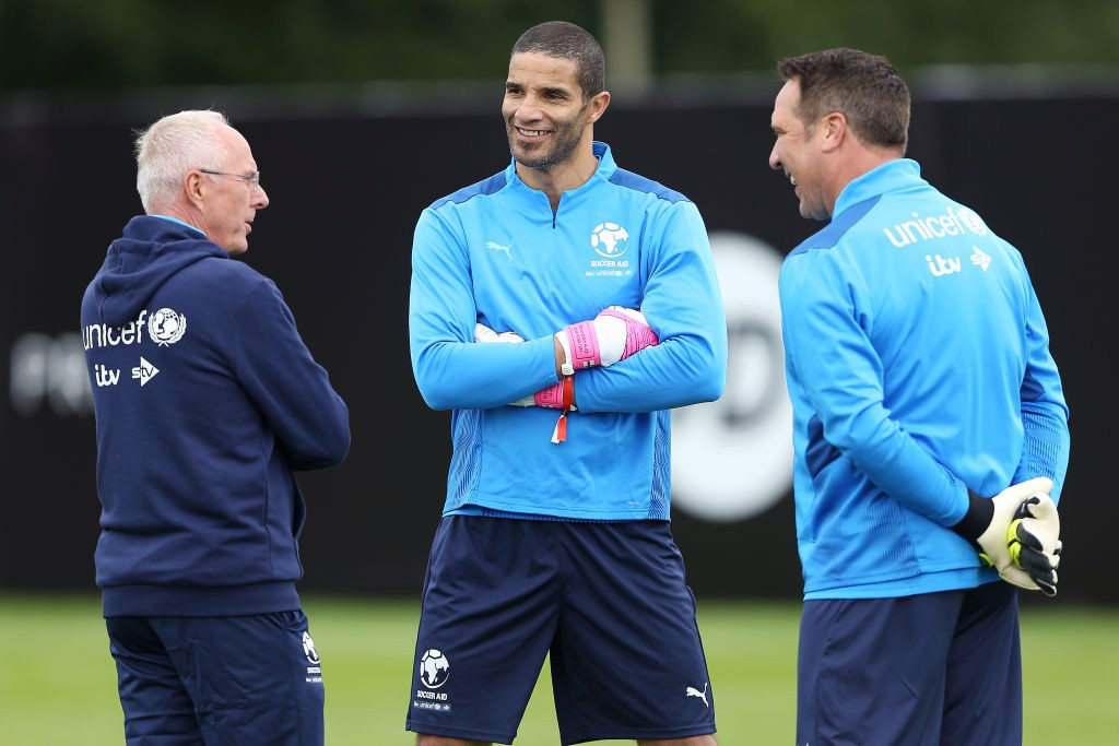 TRUE BLUES: Former City boss Sven-Goran Eriksson chats with David James and David Seaman