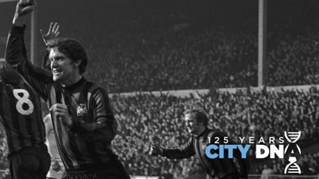 City DNA #12: Pria Yang Bedarah Biru Langit