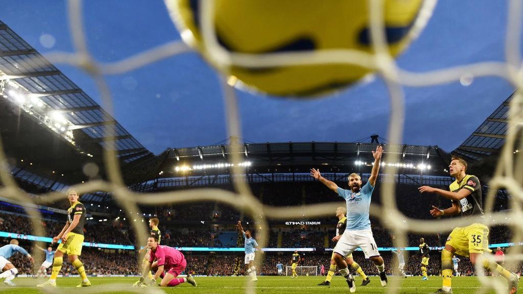Sergio Agüero empató el partido en la segunda mitad.