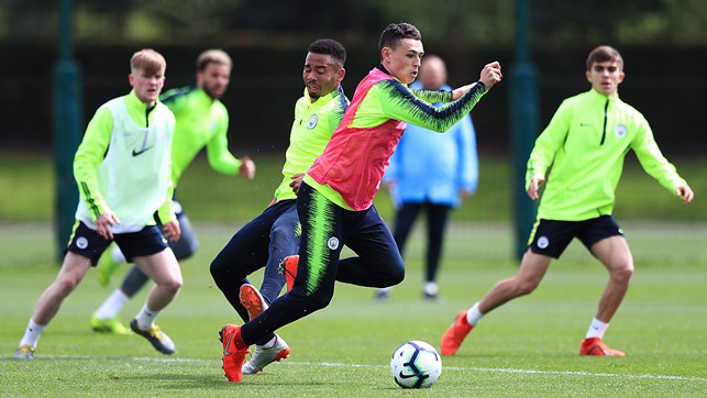 PHIL FODEN : In full flow