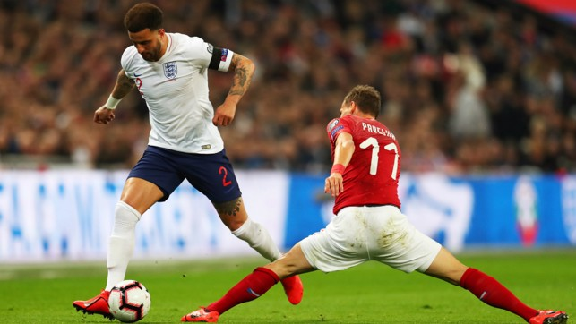 THESE BOOTS WERE MADE FOR WALKER : Kyle Walker, on the move