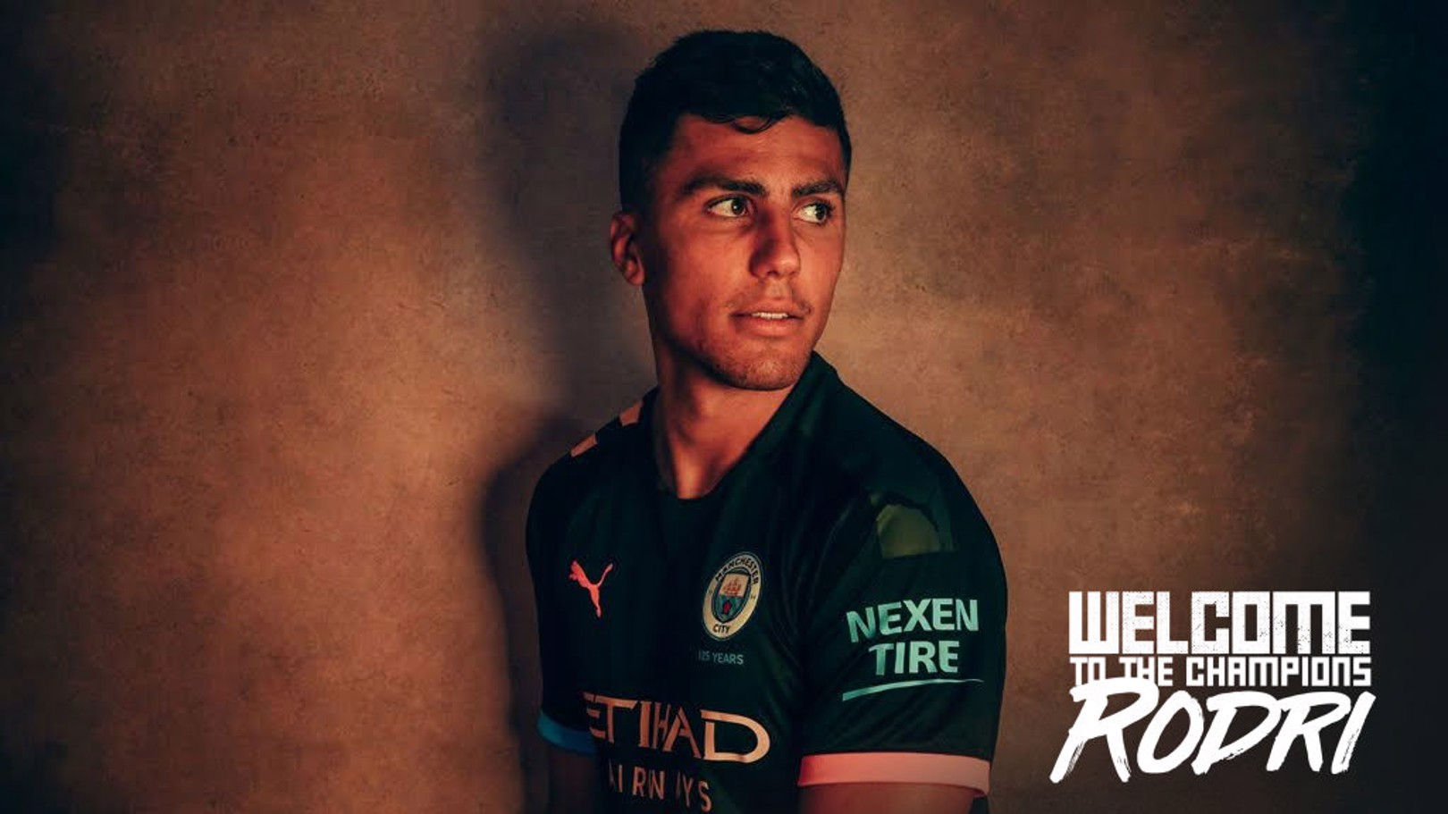 MEET AND GREET: Come to the stadium Citystore to meet our new signing!