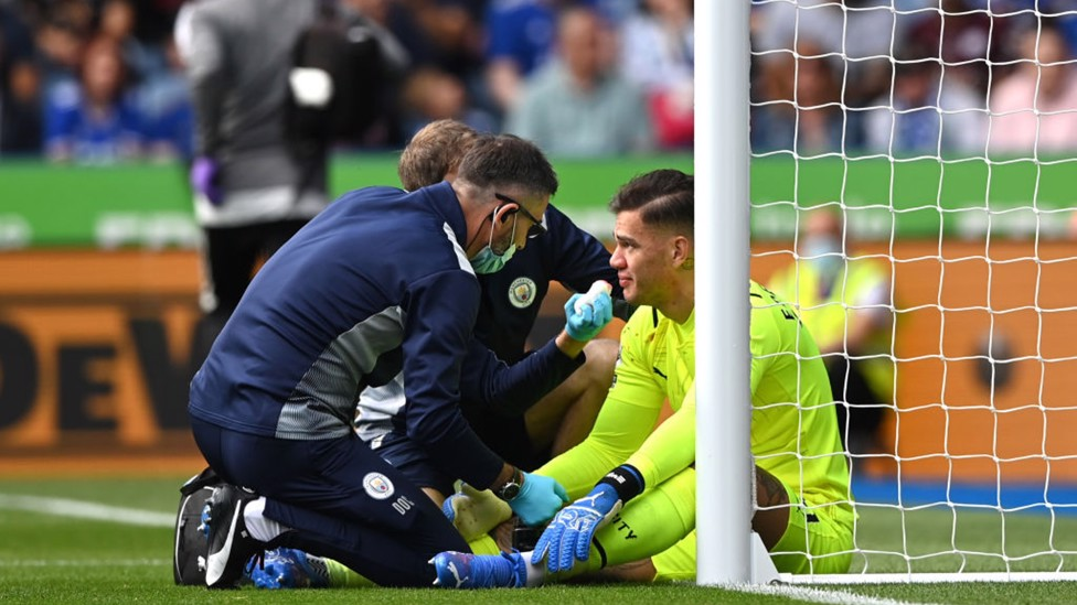 BRUISEILIAN : Ederson receives medical attention after colliding with Harvey Barnes
