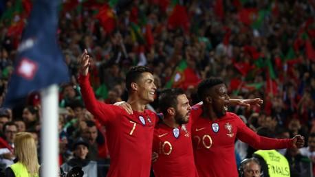 포르투갈 대표팀에서 귀중한 도움을 기록한 베르나르도 실바