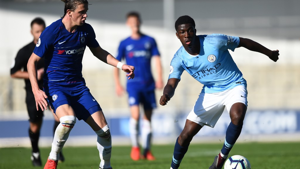Report: Late Chelsea flurry downs EDS