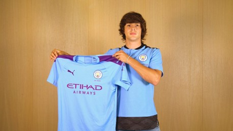 Manchester City sign Pablo Moreno