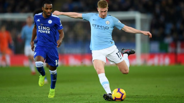 HOT SHOT : Kevin De Bruyne takes aim at the Leicester goal