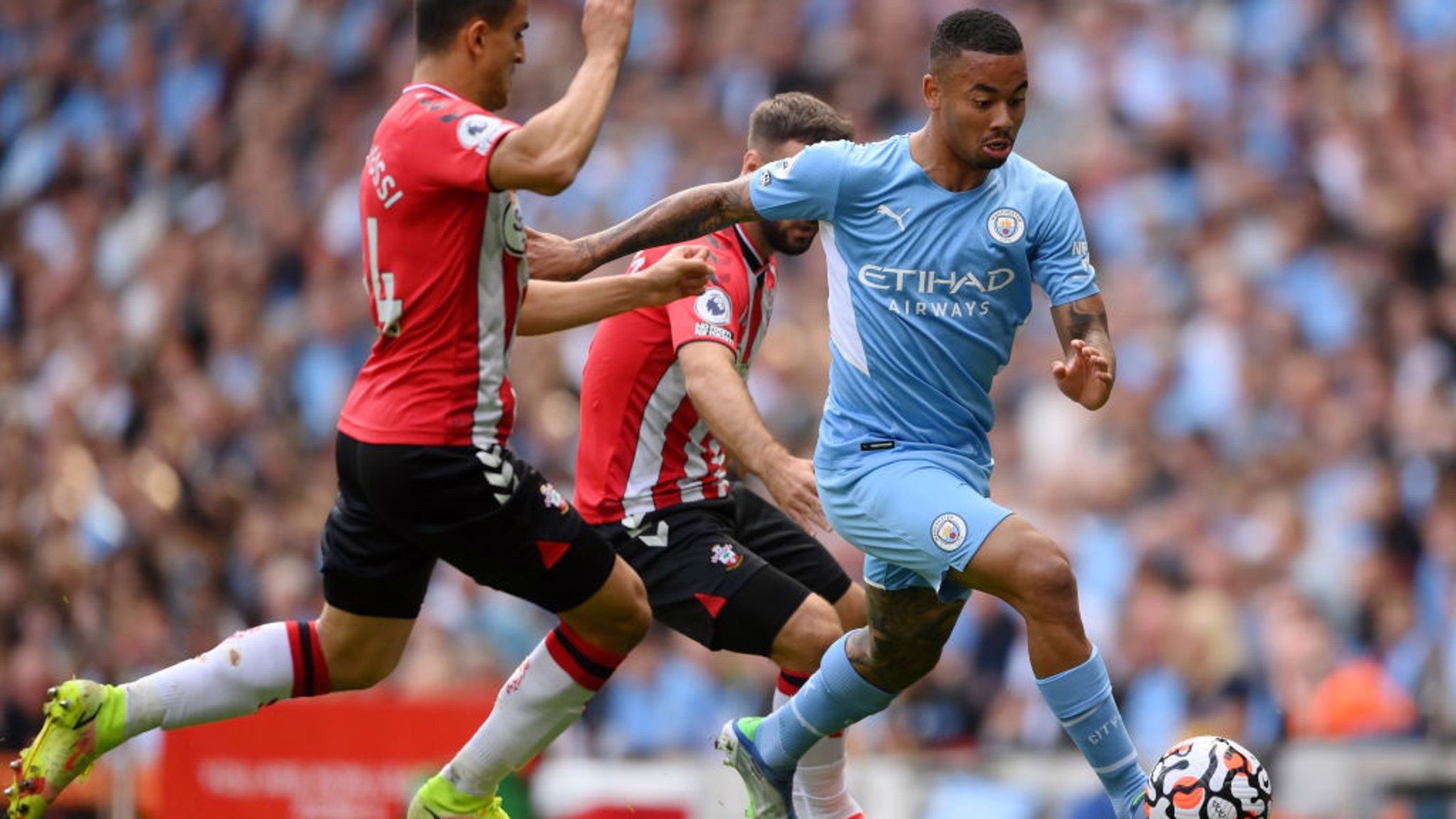 ON THE CHARGE: Jesus gets City forward early on.