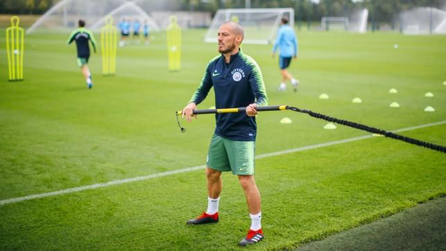 EL MAGO : Strength work for David Silva