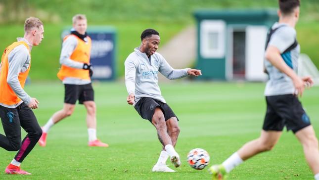 صور: تدريب الأربعاء بعد العودة إلى مانشستر