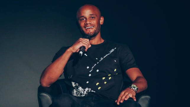 O' CAPTAIN : Vincent Kompany was invited on stage to share his thoughts