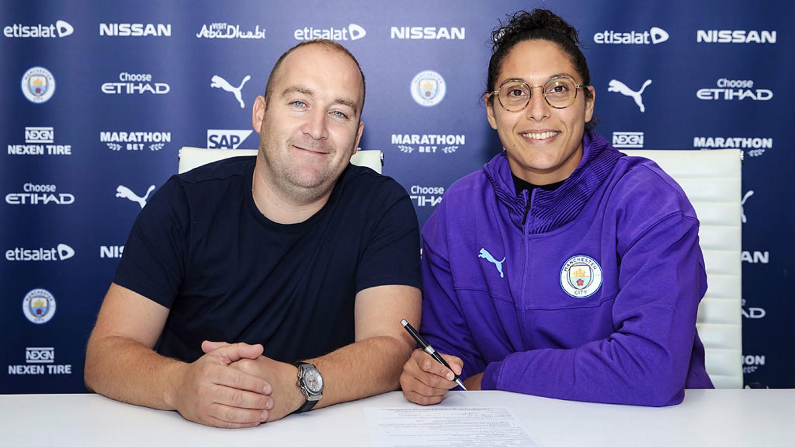 City signe Karima Benameur