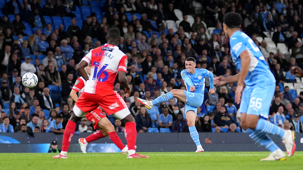 HAMMER BLOW : Foden's powerful strike gives us a 3-1 first half lead!