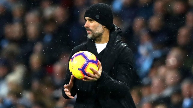 MY BALL : The boss tries to find solutions from the sideline