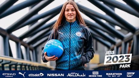 Jess Park pens first professional deal