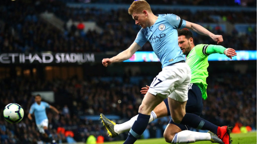 STUNNER : Kevin De Bruyne rifles home City's superb opening goal