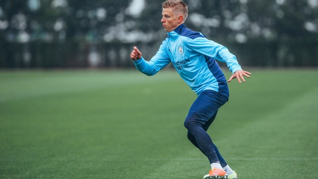DRESSED TO THRILL: Oleks Zinchenko is on the move