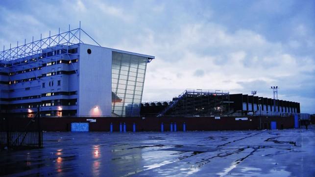 FIM DE JOGO: Nosso antigo estádio em todo o seu esplendor