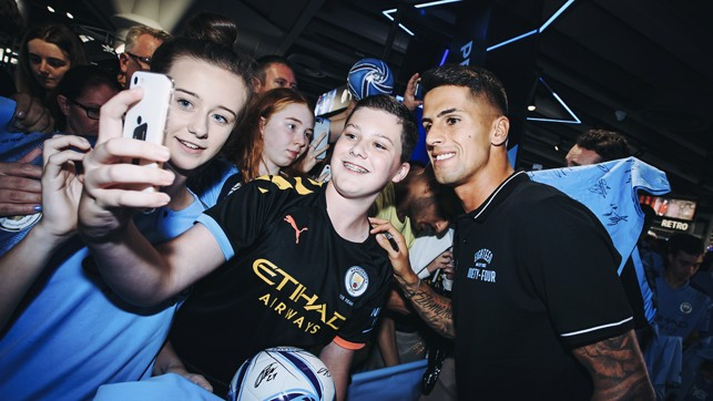SELFIE TIME : Snaps with the supporters