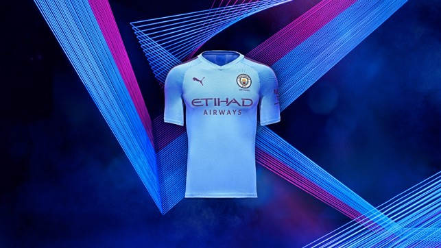 IN FOCUS : A closer look at PUMA's first City home kit...