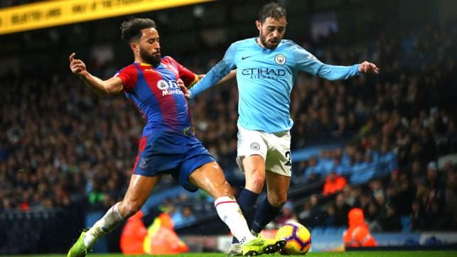 SILVA : Bernardo tries to get City back into the game