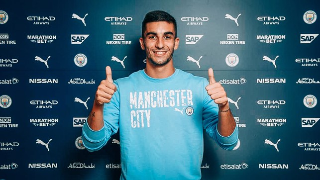 THUMBS UP : Deal done.