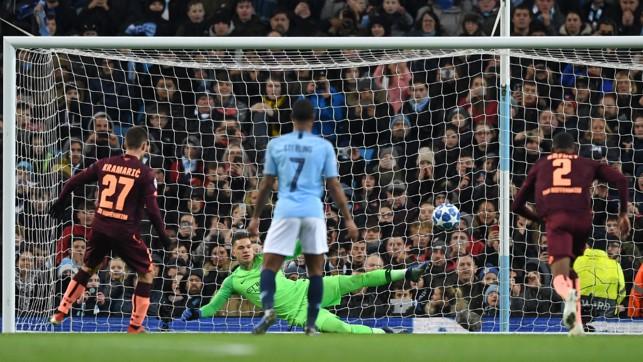 THE OPENER : Andrej Kramaric breaks the deadlock from the spot