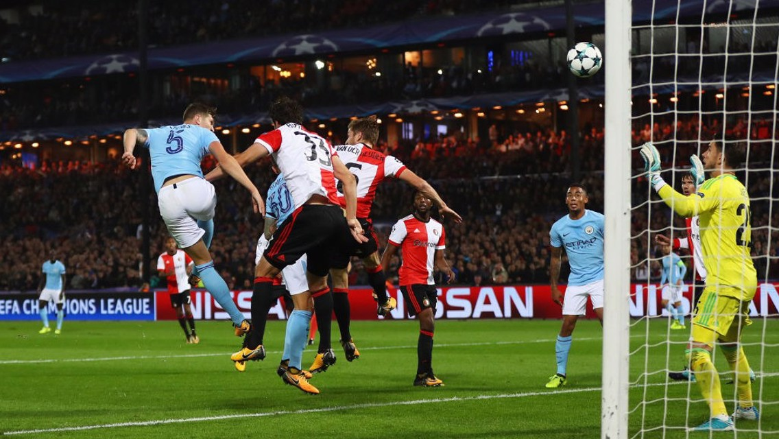 Les classiques: Feyenoord 0-4 City