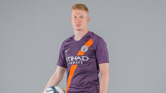 SPECIAL K: Kevin De Bruyne models the Blues' new 2018/19 third kit